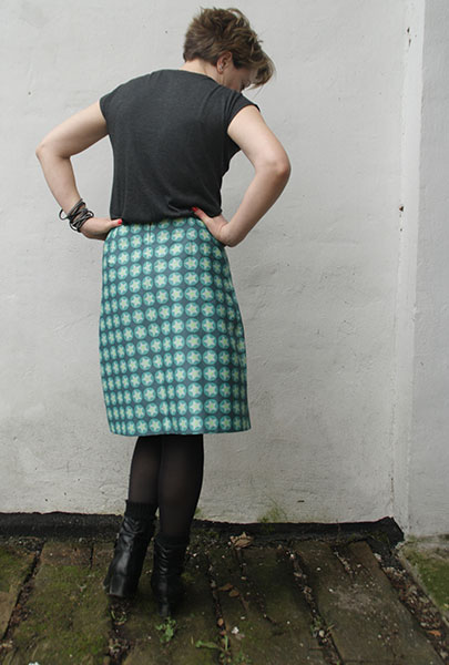 lær at sy nederdel med indsnit